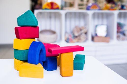 Nestchen-Halle-Angebote-Holzspielzeug-Made-in-Germany